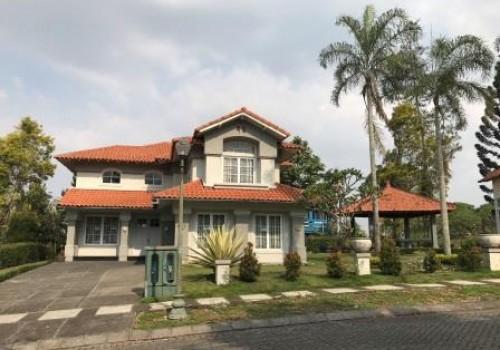 Villa Truly Puncak Resort