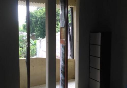 Kos Keramik - Guest House ORANGE Asri Purwakarta
