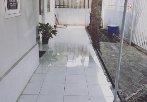 Adita Kost Putih, Bandung